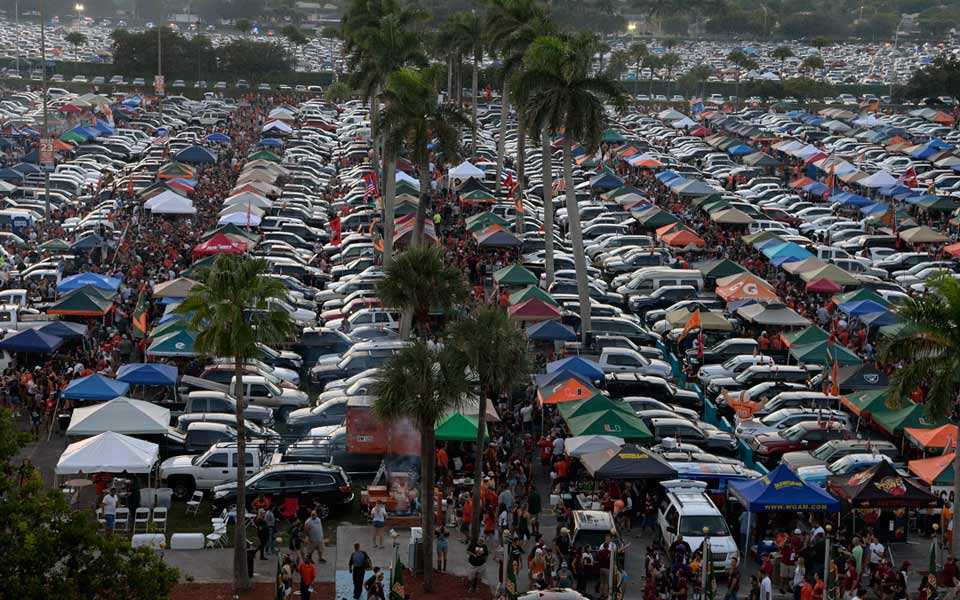 Miami tailgaters at Sun Life Stadium photo courtesy of hurricanesports.com