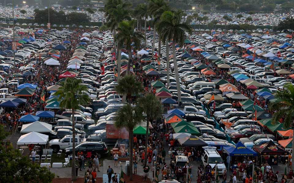 Miami tailgaters at Sun Life Stadium photo courtesy of hurricanesports.com