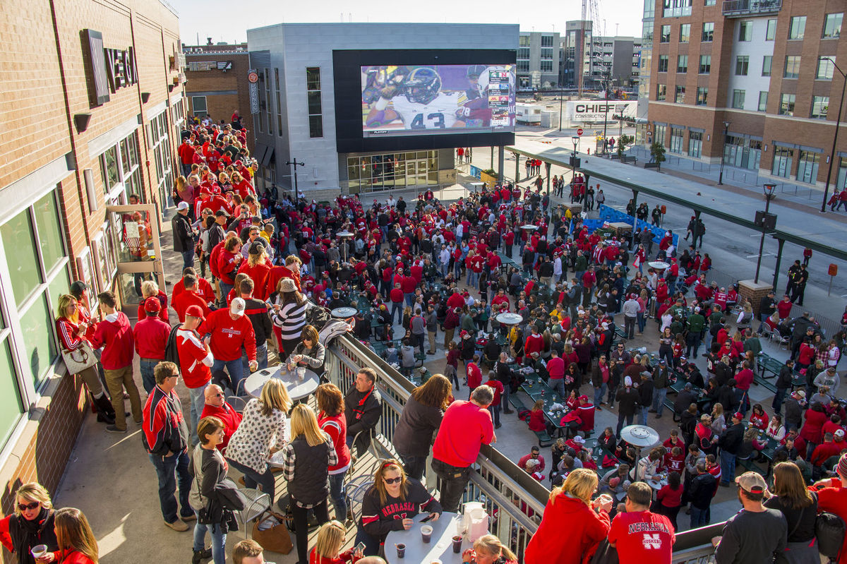 Cornhusker fans gathered in Haymarket district - Journalstar.com